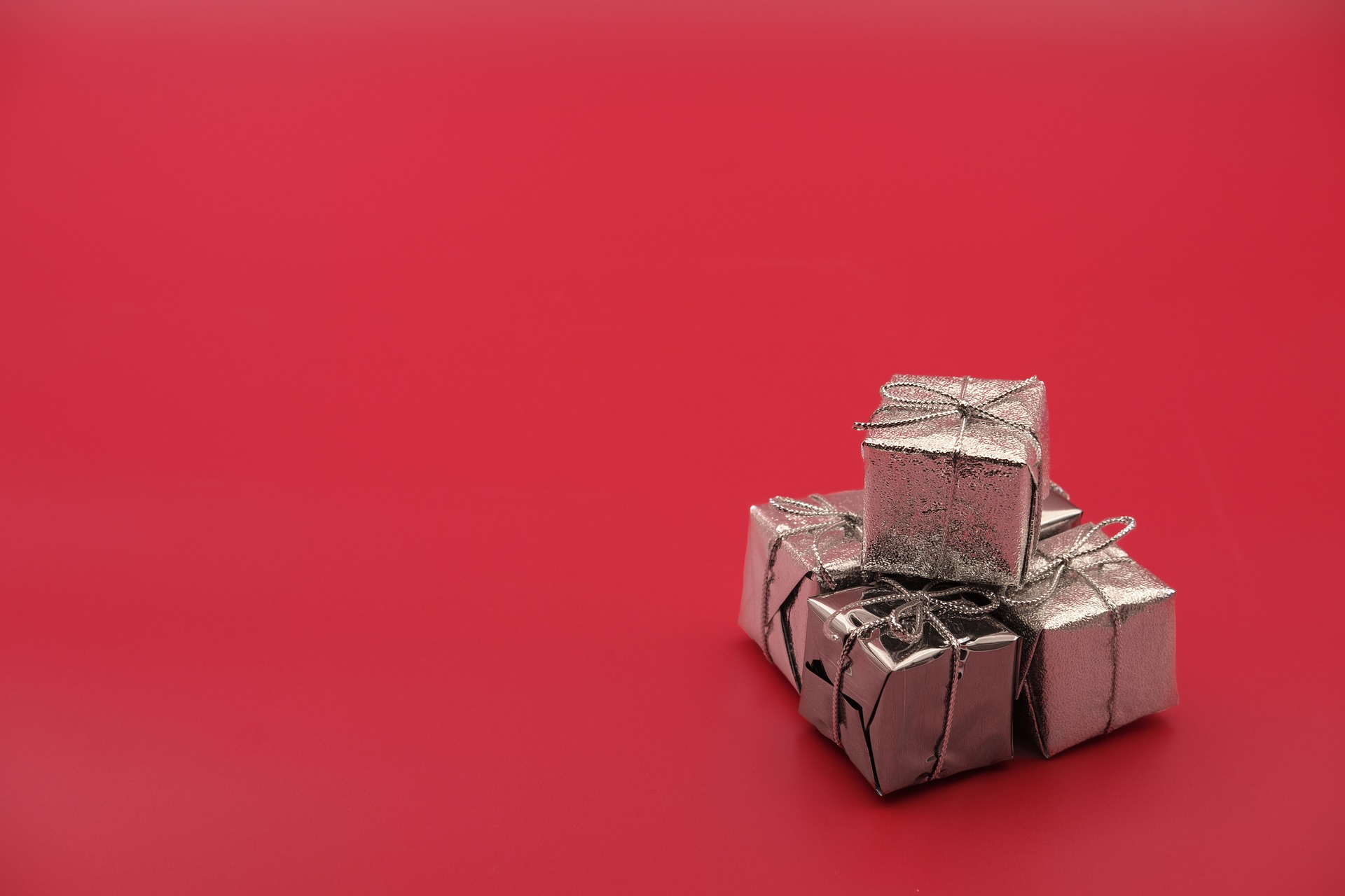 gift-3811744_1920